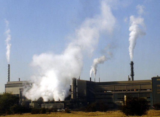essay factory pollution Causes and effects of industrial pollution: earlier, industries were small factories that produced smoke as the main pollutant however.