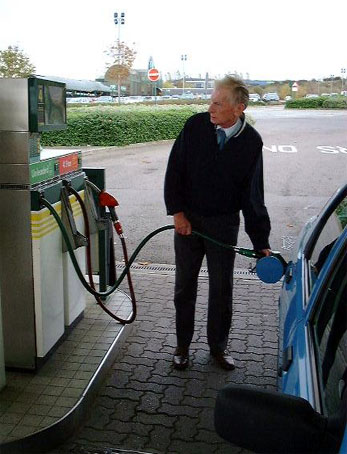 Filling the petrol tank � Shirley Burchill